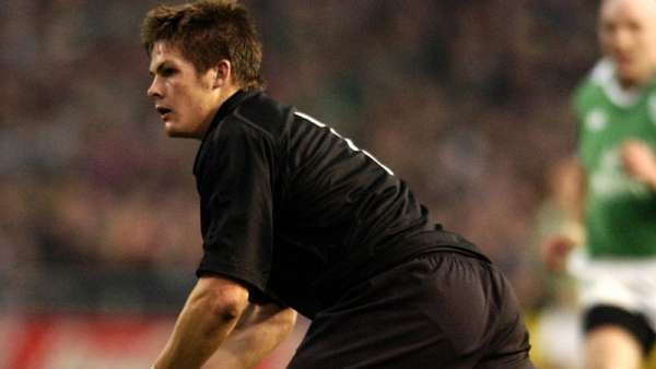 El debut de Richie McCaw en los All Blacks