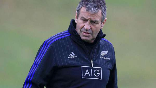 Wayne Smith renunció a los All Blacks