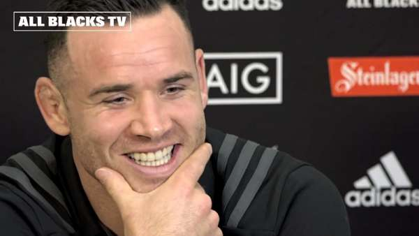 Ryan Crotty y Ben Smith en la previa de All Blacks vs Francia