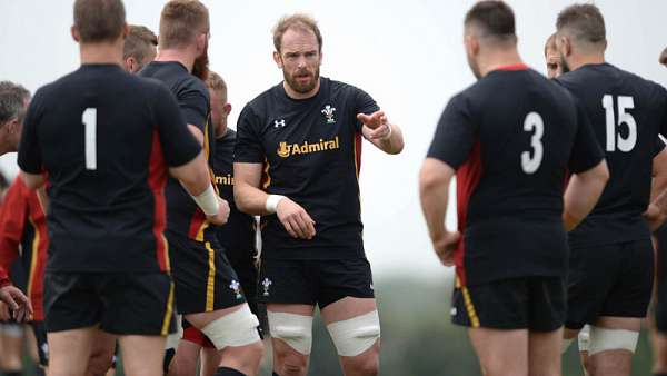 Gales se prepara para enfrentar a los All Blacks