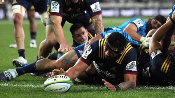 Highlanders 24-12 Blues