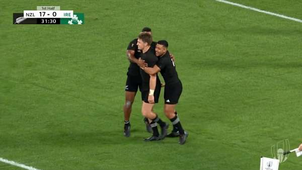 "Beauden Barrett en el ""Ten Of The Best – 2019"""